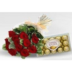 BUQUET COM ROSAS E CHOCOLATE B 301
